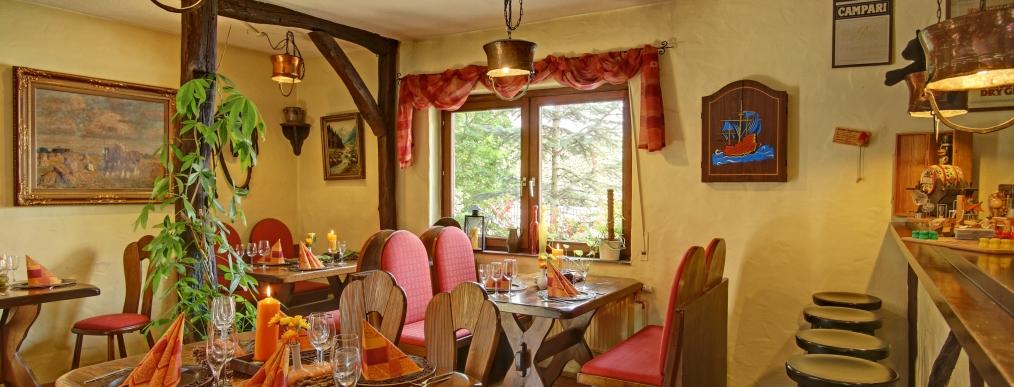 hotel burgblick ebernburg golfclub nahetal german golf guide. Black Bedroom Furniture Sets. Home Design Ideas